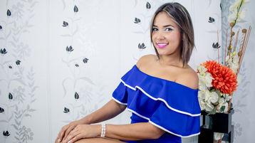 SaraCreamy | Jasmin