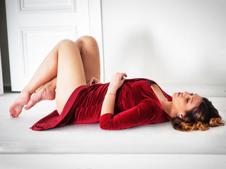 cam girl masturbating with dildo MiaSoyun