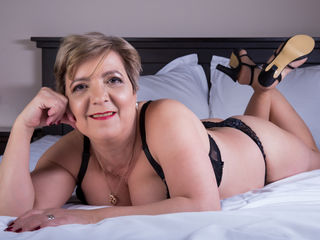 VIVO.webcam MaturePamela (50) MILF with normal breasts