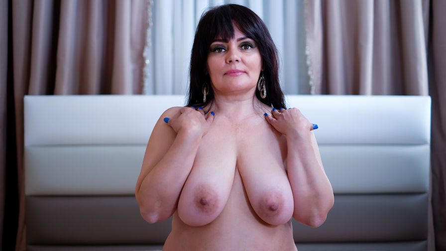 SensualHolly4You | Cams Taxi69