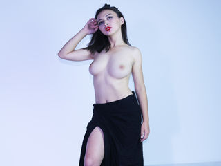 camgirl webcam photo SalimaWarm