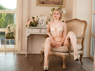 nude webcam girl photo adrianneCUTE