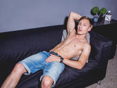 MilesKeplerX - gay-live-cam.com