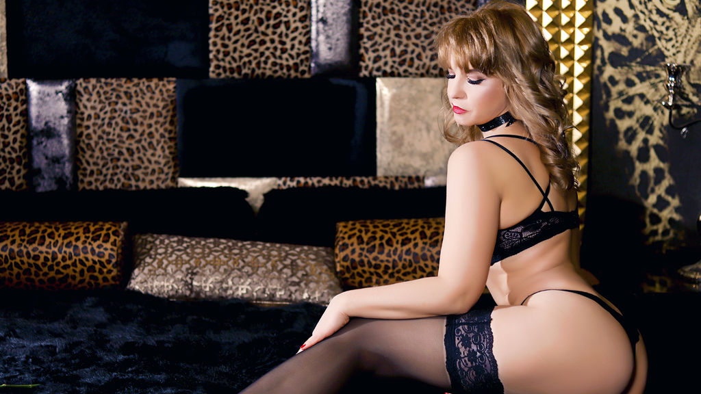 Watch the sexy HelenLena from LiveJasmin at GirlsOfJasmin