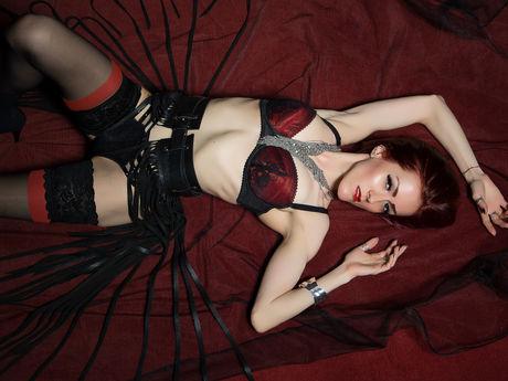 Live show with Mistress ClaraDome