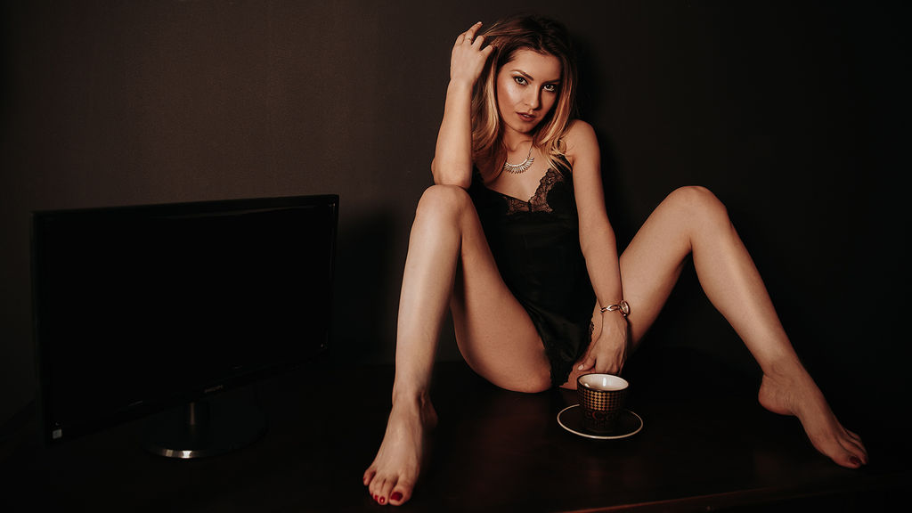 Watch the sexy AlmaRare from LiveJasmin at GirlsOfJasmin