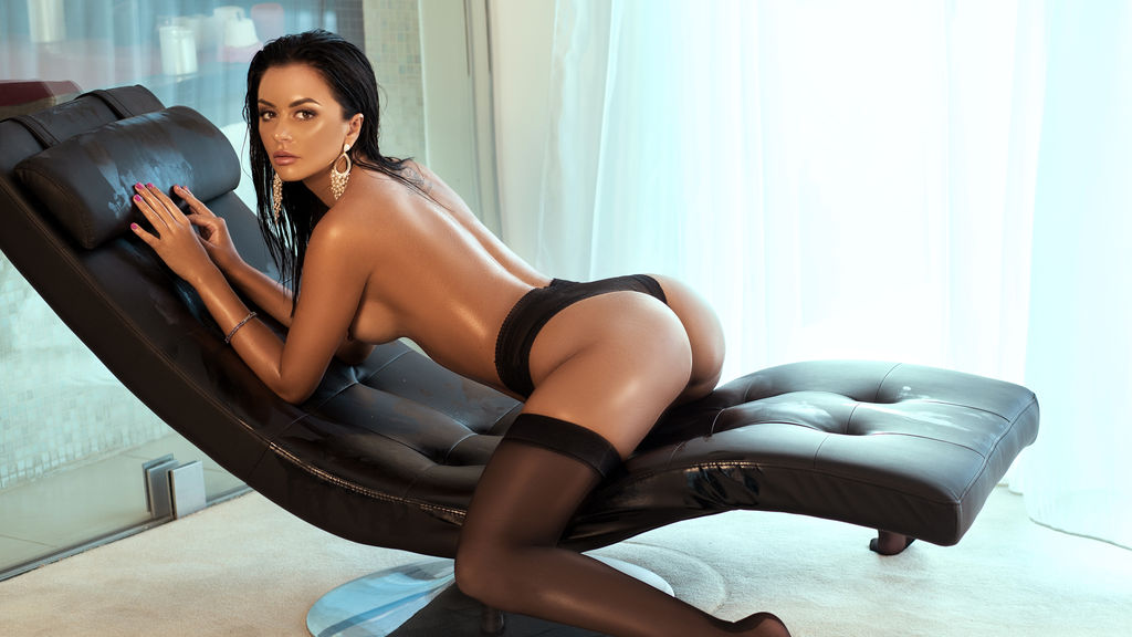 AlejandraScarlet online at GirlsOfJasmin