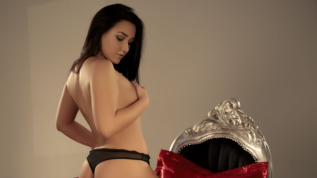 StephanyMorris online at GirlsOfJasmin