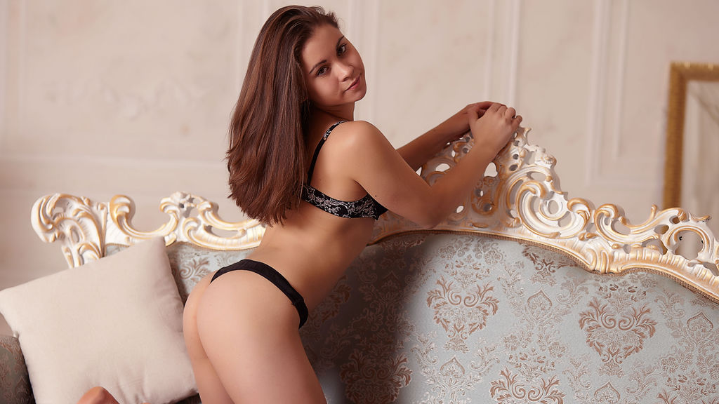 CutieAiova photo gallery at GirlsOfJasmin