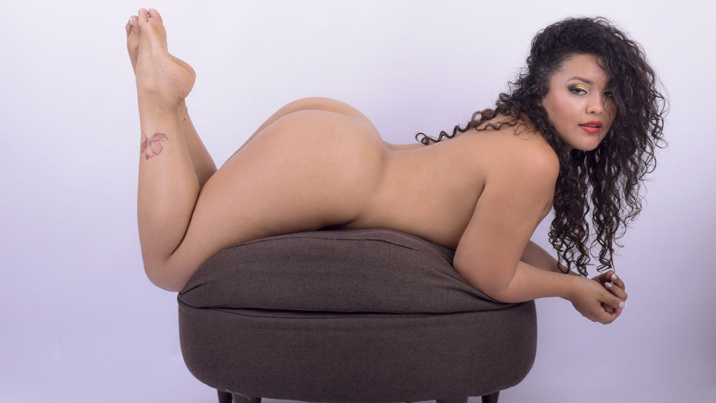 Discover and Live Sex Chat with KylieLewis on Live Jasmin