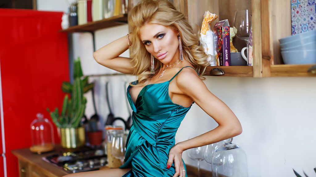 Consider, that free busty blond pics 6034