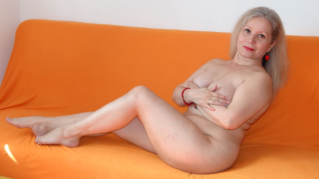 Watch the sexy AMOReveryday from LiveJasmin at GirlsOfJasmin