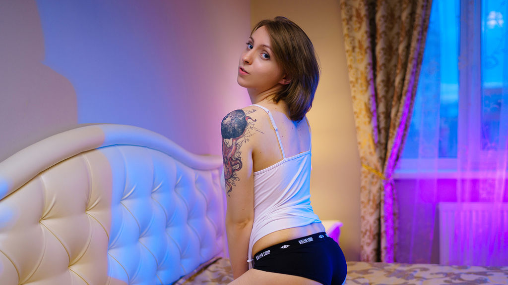 SammerHoot online at GirlsOfJasmin