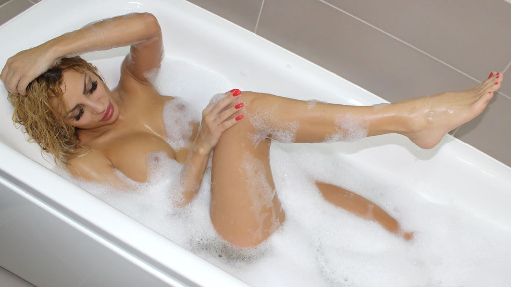 Watch the sexy LexyRosse from LiveJasmin at PULA.ws