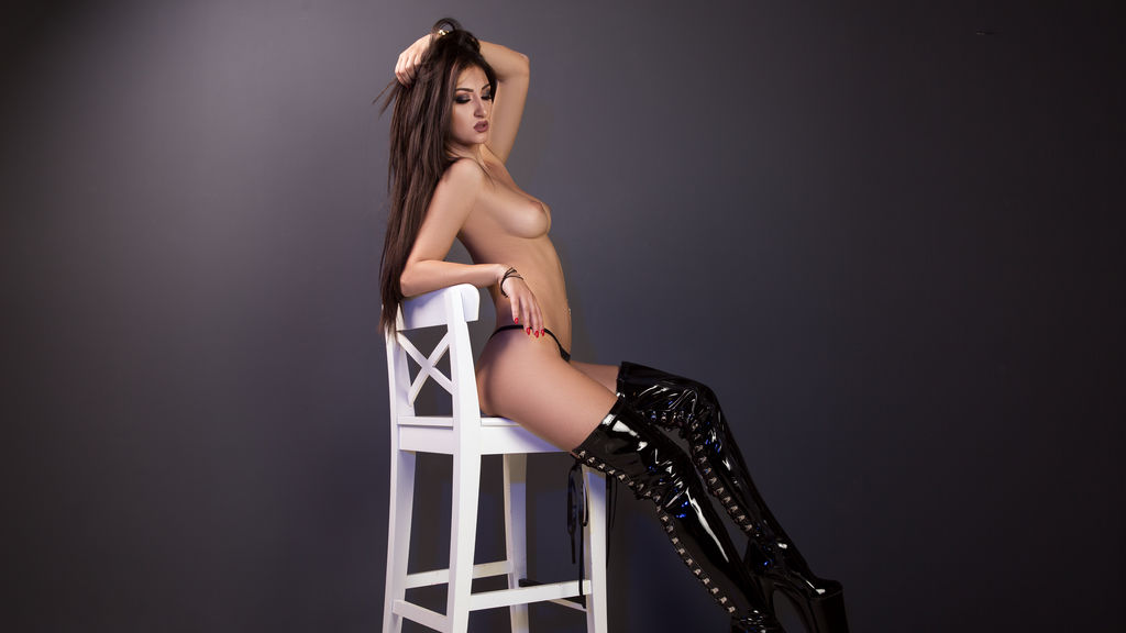 HoneyDiva LiveJasmin Webcam Model
