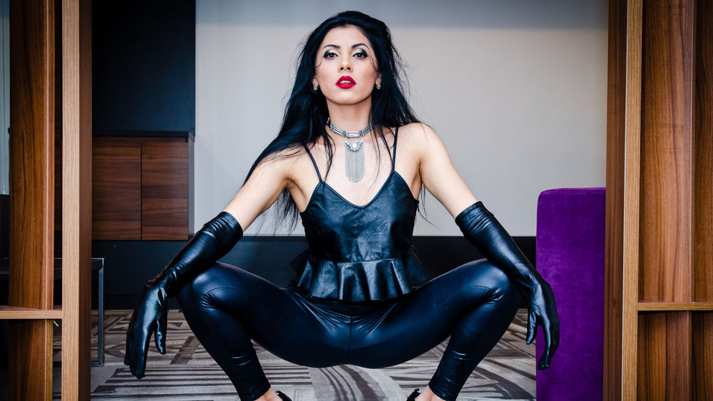 Watch the sexy AlliceTheMissY4u from LiveJasmin at GirlsOfJasmin