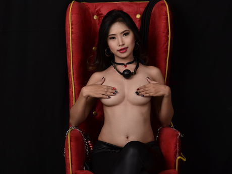 Live show with Mistress DirtyHottyAsian