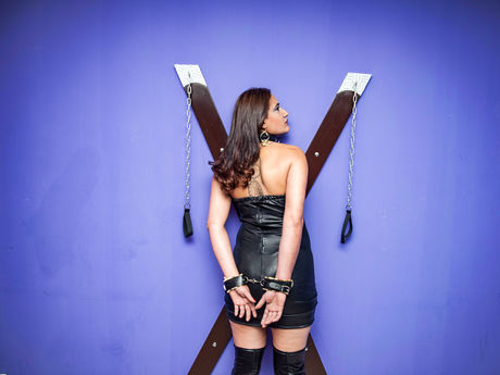 Live show with Mistress ObedientPaula