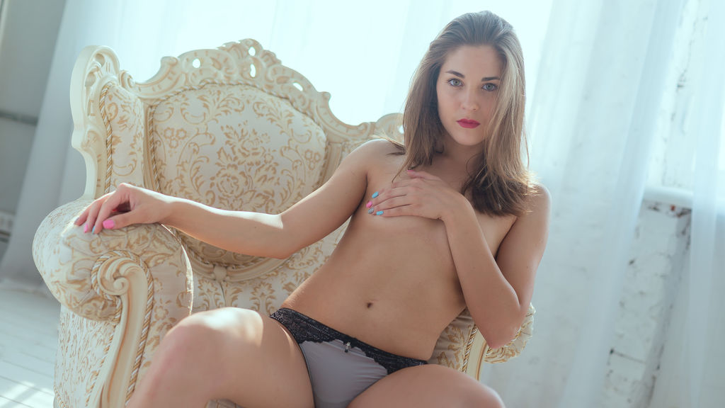 Malentia online at GirlsOfJasmin
